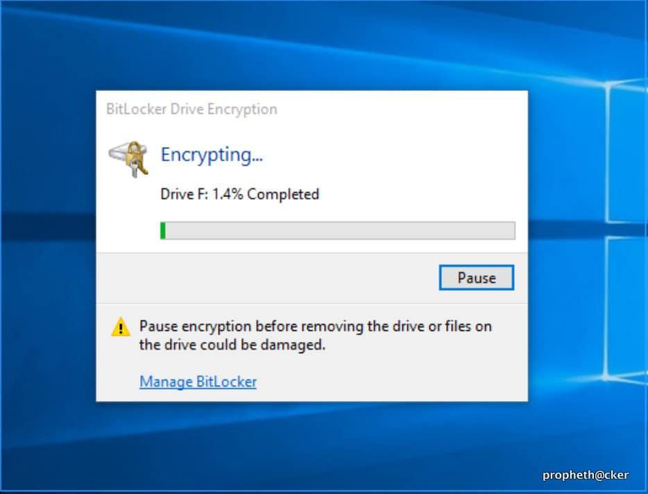 آموزش تصویری رمز گذاشتن بر روی فلش در ویندوز بدون هیچ برنامه ای