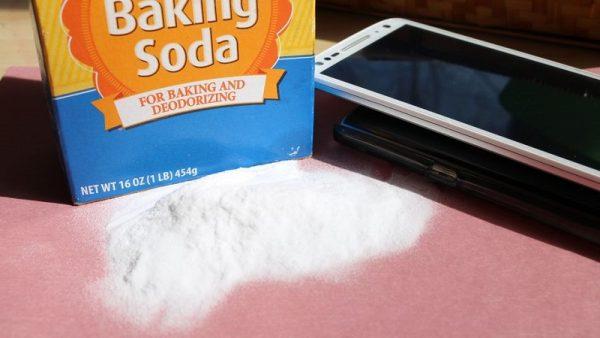 روش های پاک کردن خط و خش موبایل و تبلت - با استفاده از چند روش ساده