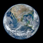 ISS onLive -نمایش زنده ایستگاه فضایی بین المللی