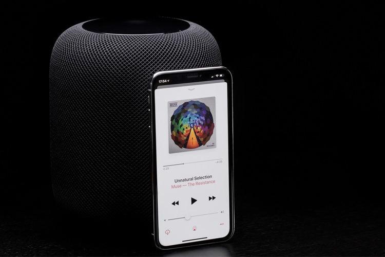 اسپیکر هوشمند با کیفیت و صدای عالی Home Pod ساخت کمپانی پرطرفدار اپل